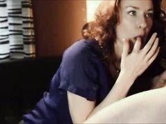 Толстая домохозяйка в постели отсосав член трахается с нежным поклонником